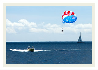 Parasail Hawaii tours and the best Ko Olina parasailing adventure tour discounts.